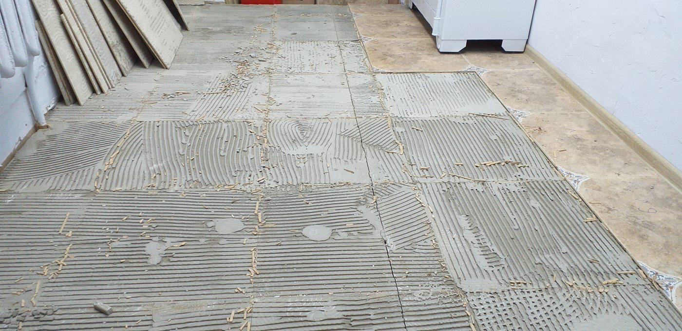 демонтаж плитки с цпс пола