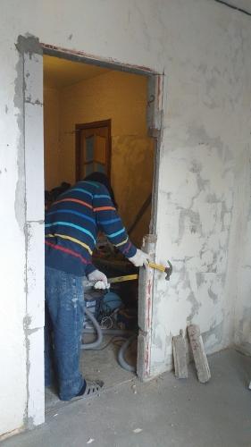 Перенос дверей на кухне 137 серии