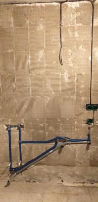 процесс ремонта ванной 121 серии дома