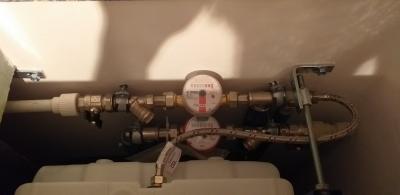 счетчики воды в санузлах 121 гатчинской серии