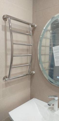 Перенос полотенцесушителя в ванной 137 серии