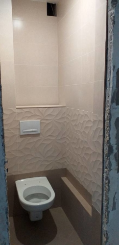 Короб из кафеля в туалете 137 серии
