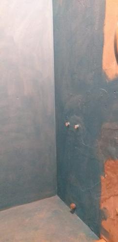 Гидроизоляция стен и полов в ванной 137 серии
