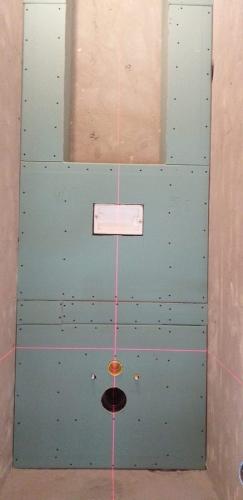 Установка инсталяции под унитаз и монтаж ГКЛ коробов в туалете 137 серии