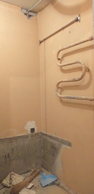 ванная со старым ремонтом