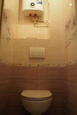 Водонагреватель в туалете 137 серии